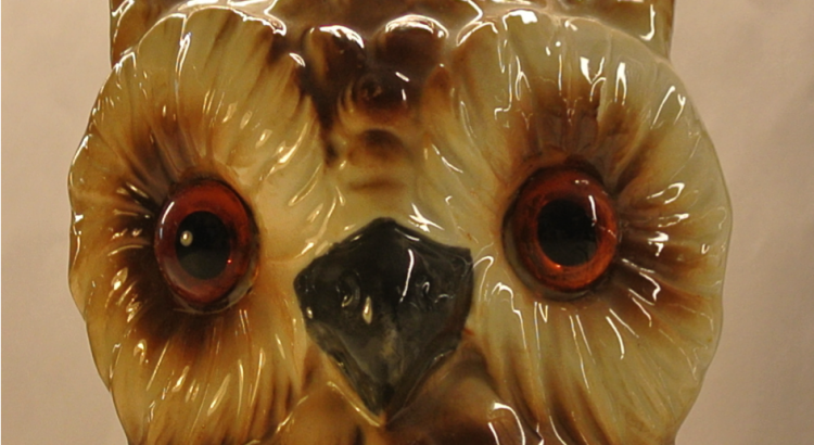 This owl lamp belongs to the archives of IHLIA LGBT Heritage,  (photo by Roos Harms)